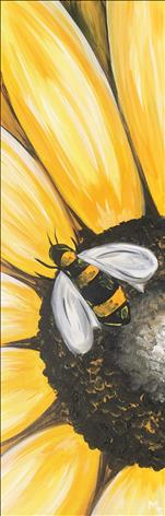 **TALL CANVAS** Sunny Bee